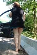 Photos des fesses de Carouso, Sur une aire d'autoroute